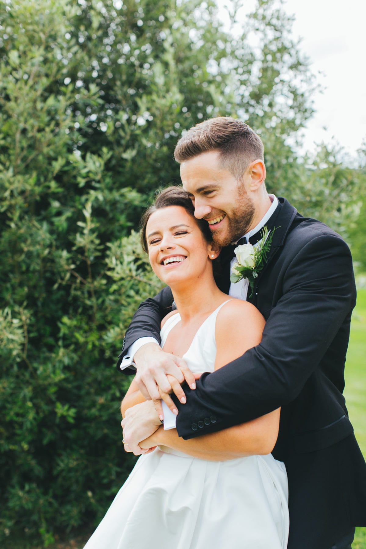 wedding photography poses - thoughts on self love